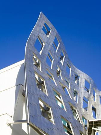 Cleveland Clinic Lou Ruvo Center For Brain Health, Architect Frank Gehry, Las Vegas, Nevada, USA by Richard Cummins