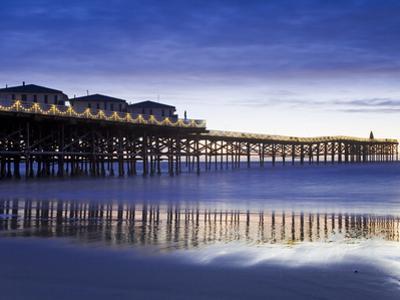 Crystal Pier on Pacific Beach, San Diego, California, United States of America, North America by Richard Cummins
