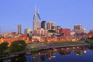 Cumberland River and Nashville Skyline, Tennessee, United States of America, North America by Richard Cummins