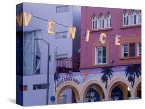 Downtown Venice Beach, Los Angeles, California, United States of America, North America by Richard Cummins