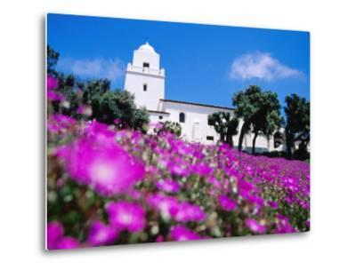 Flowerbed and Junipero Serra Museum, Presidio Park, Old Town, San Diego, United States of America