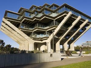 Geisel Library in University College San Diego, La Jolla, California, USA by Richard Cummins