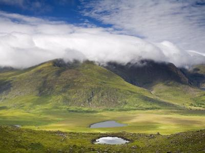 Mount Brandon, Connor Pass, Dingle Peninsula, County Kerry, Munster, Republic of Ireland, Europe by Richard Cummins