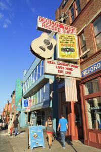 Music Store on Broadway Street, Nashville, Tennessee, United States of America, North America by Richard Cummins