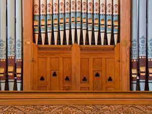 Organ in Christchurch Cathedral by Richard Cummins