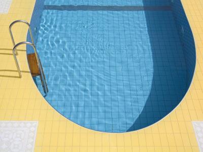 Swimming Pool by Richard Cummins