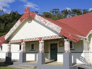 Te Poho O Rawiri Marae Meeting House, Gisborne, Eastland District, North Island, New Zealand, Pacif by Richard Cummins