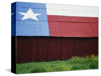 Texas Lone Star Design on Barn Roof