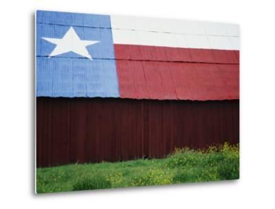 Texas Lone Star Design on Barn Roof