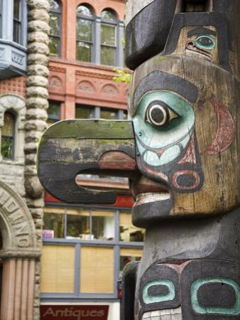 Totem Pole in Pioneer Square, Seattle, Washington State, United States of America, North America by Richard Cummins