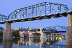 Walnut Street Bridge over the Tennessee River, Chattanooga, Tennessee, United States of America by Richard Cummins