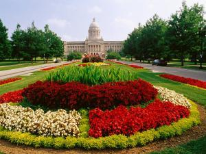 State Capitol Building, Frankfort, United States of America by Richard I'Anson