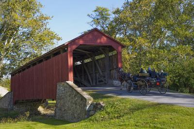 Amish Horse-drawn Buggy, Pool Forge Covered Bridge, built in 1859, Lancaster County, Pennsylvania,