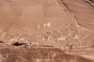Canyon De Chelly National Monument, Arizona, United States of America, North America by Richard Maschmeyer