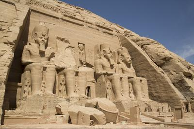 Colossi of Ramses Ii, Sun Temple, Abu Simbel, Egypt, North Africa, Africa