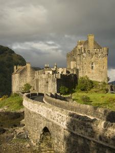 Eilean Donnan Castle, Near Dornie, Highlands, Scotland, United Kingdom, Europe by Richard Maschmeyer