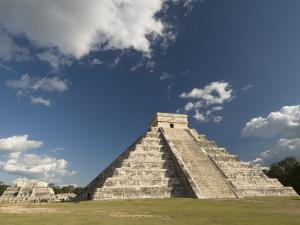 El Castillo, Chichen Itza, Yucatan by Richard Maschmeyer