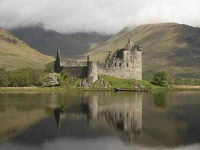 Kilchurn Castle, Near Loch Awe, Highlands, Scotland, United Kingdom, Europe