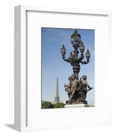 Lamp on the Alexandre Iii Bridge and the Eiffel Tower, Paris, France, Europe