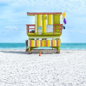 Miami Beach IX by Richard Silver