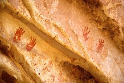 Wash Ruins, Painted Hand Prints at Double Stack Ruin, Cedar Mesa, Utah by Richard Wright