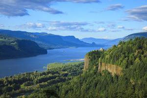 USA, Oregon, Chanticleer Point, Vista House and the Columbia Gorge. by Rick A. Brown
