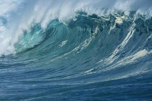 Ocean Wave by Rick Doyle
