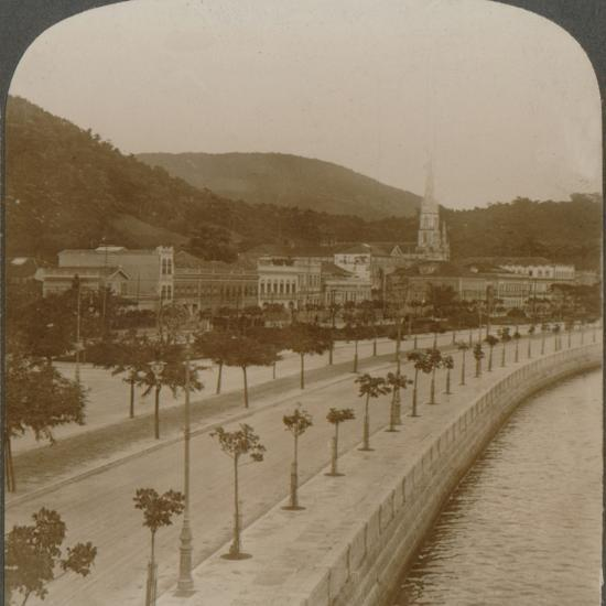 'Rio Janeiro's 5 mile quay, encircling world's largest land-locked bay', c1900-Unknown-Photographic Print