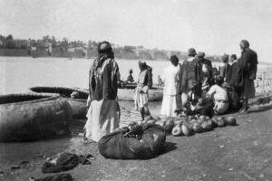 River Craft Laden with Melons, Tigris River, Baghdad, Iraq, 1917-1919