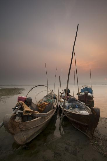 River Life, Irrawaddy River, Manadalay, Myanmar (Burma), Asia-Colin Brynn-Photographic Print