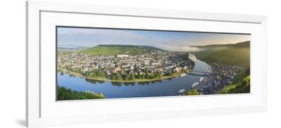 River Moselle and Bernkastel-Kues at dawn, Rhineland-Palatinate, Germany-Ian Trower-Framed Photographic Print