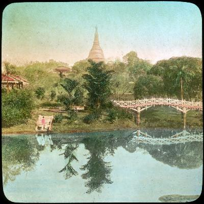 River Scene, India, Late 19th or Early 20th Century--Giclee Print