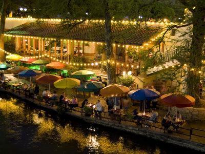 https://imgc.artprintimages.com/img/print/river-walk-restaurants-and-cafes-of-casa-rio-san-antonio-texas_u-l-p82u400.jpg?p=0