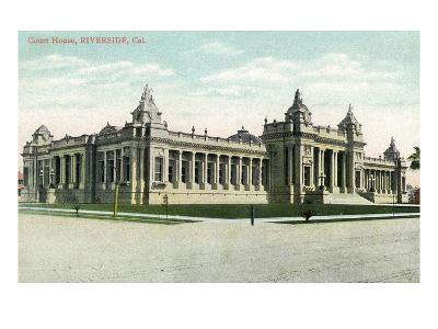 Riverside, California - Exterior View of the Court House-Lantern Press-Art Print