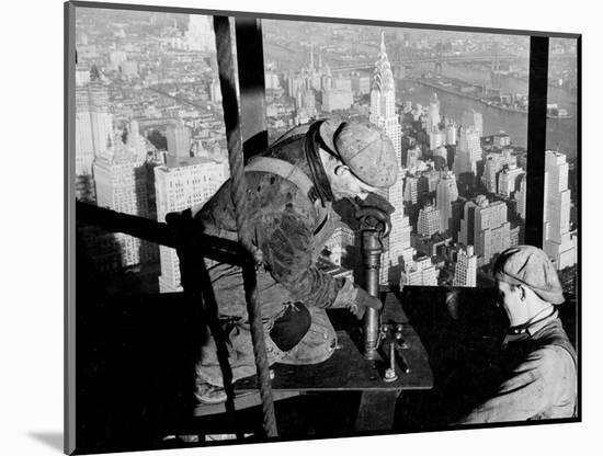 Riveters on the Empire State Building, 1930-31 (gelatin silver print)-Lewis Wickes Hine-Mounted Photographic Print