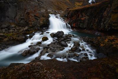 Rjukandifoss Waterfall in Iceland-Raul Touzon-Photographic Print