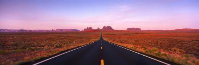 Road Monument Valley, Utah, USA--Photographic Print