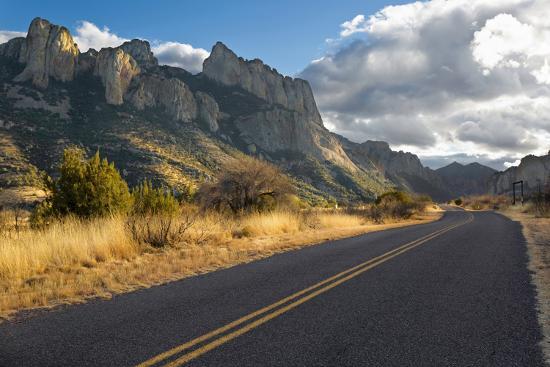 Road to Portal, Arizona-Susan Degginger-Photographic Print