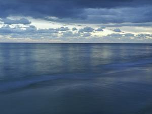 Ocean Dusk 1 by Rob Lang