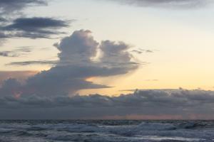 Ocean Sunrise 2 by Rob Lang
