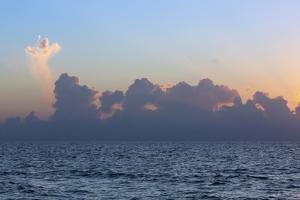Ocean Sunrise 4 by Rob Lang