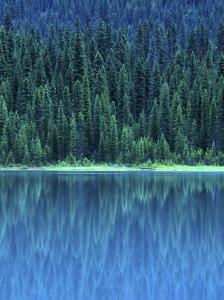 Emerald Lake Boathouse, Yoho National Park, British Columbia, Canada by Rob Tilley
