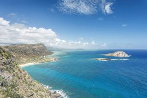 Hawaii, Oahu, North Shore from Makapu'U Point by Rob Tilley