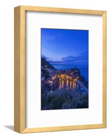 Italy, Cinque Terre, Vernazza at Dawn