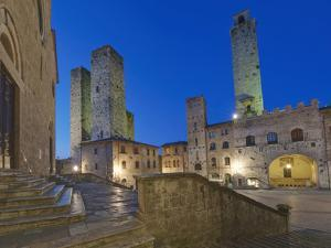 Piazza Duomo at Twilight, San Gimignano, Tuscany, Italy by Rob Tilley