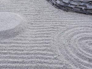 Raked Sand Patterns, Kodai-Ji Temple, Kyoto, Japan by Rob Tilley