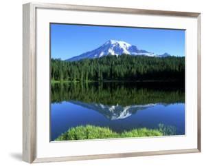 Reflection Lake, Mt. Rainier National Park, Washington, USA by Rob Tilley