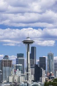 Seattle Skyline by Rob Tilley