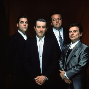 "ROBERT DE NIRO; RAY LIOTTA; PAUL SORVINO; JOE PESCI. ""GoodFellas"" [1990], directed by MARTIN SCO..."
