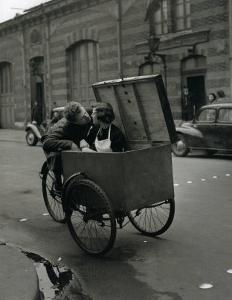 Baiser Blotto, c.1950 by Robert Doisneau